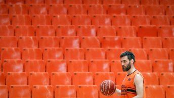 El jugador del Valencia Basket San Emeterio