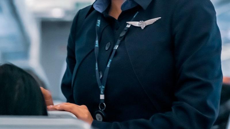 Uniforme de una azafata de vuelo