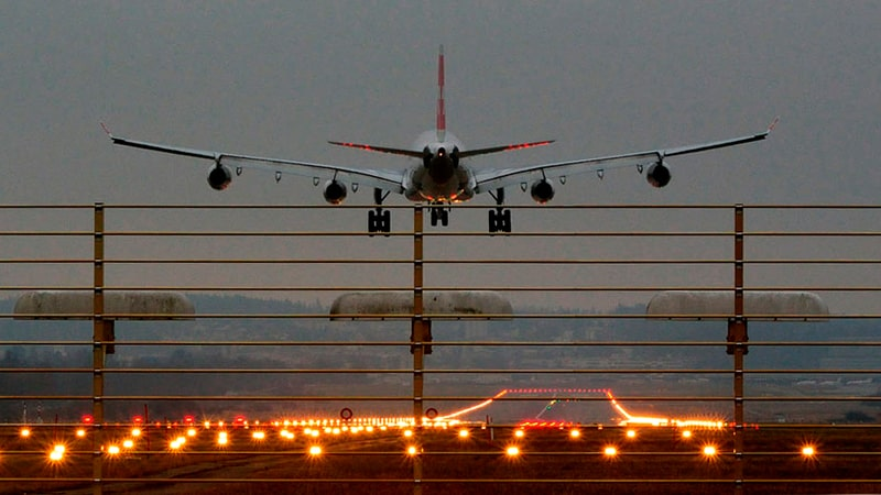Aterrizaje ILS de un avión