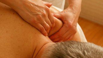 Masaje presiones vertebrales