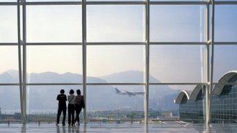 Aeropuerto-Internacional-Hong-Kong Aeropuerto-Rey-Khalid-Riad-Arabia-Saudi 