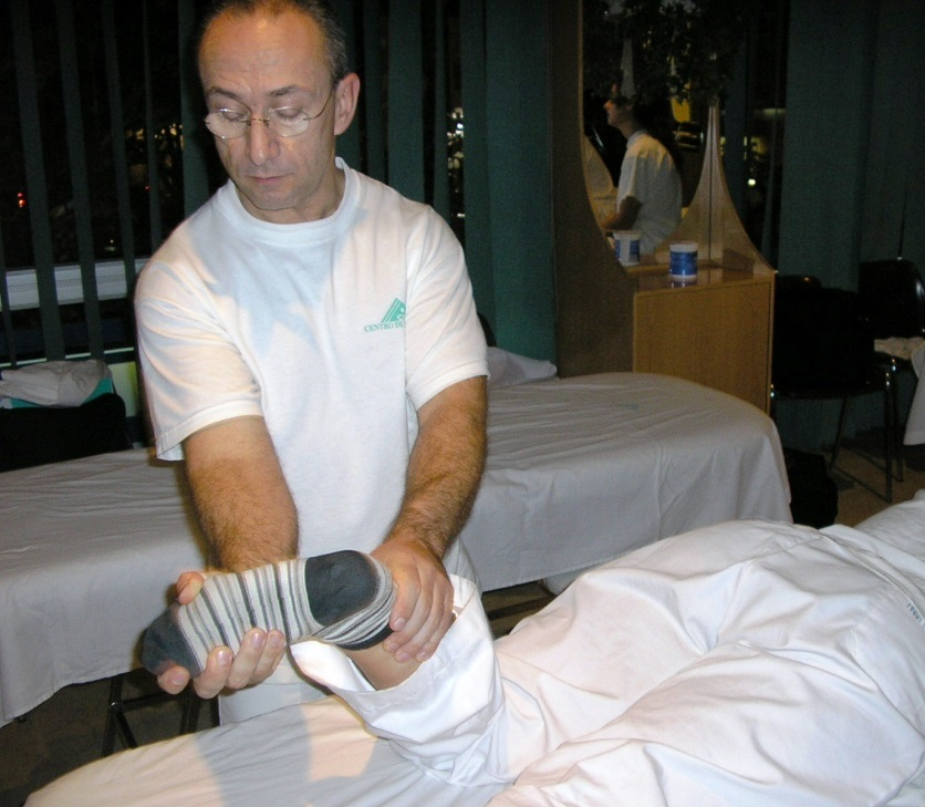 Rotación de cadera / Flexo-extensión de rodilla / Circunducción de tobillo