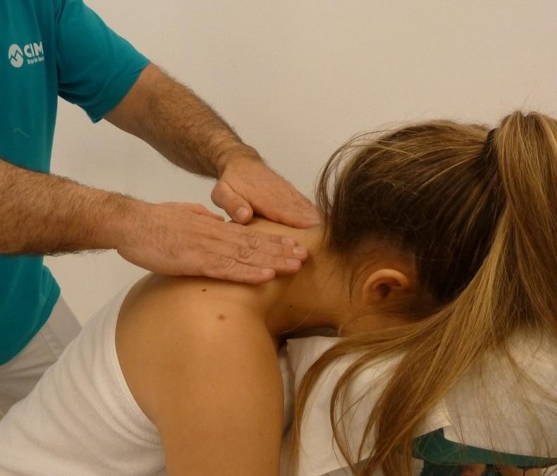 Paso 1 del masaje de cuello
