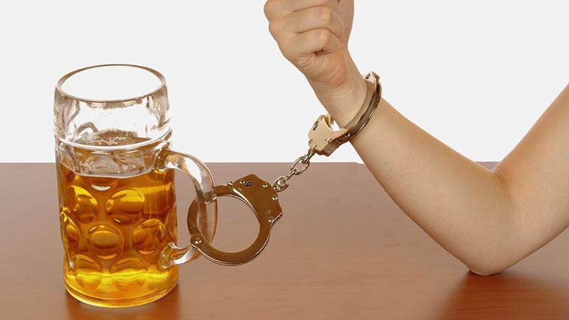 alcoholismo|adiccion-alcohol