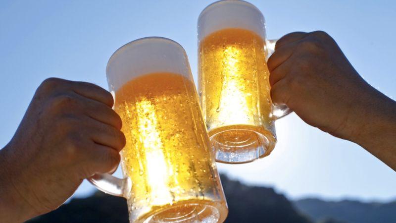 Beber cerveza después de hacer deporte