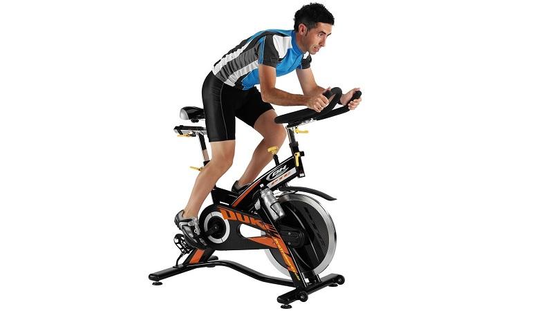 colocacion del sillin y el manillar en la bicicleta de ciclo indoor|colocacion del sillin y el manillar en la bicicleta de ciclo indoor