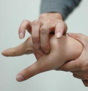desbloquear los ckakras de las manos