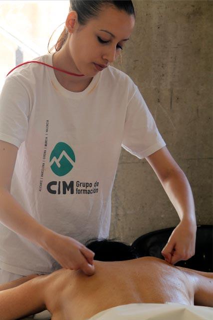 Masajistas de CIM Formación participan en BioCultura Barcelona 2015 1