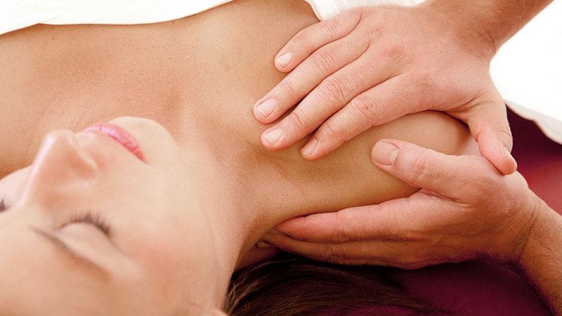 Liberación miofascial del hombro