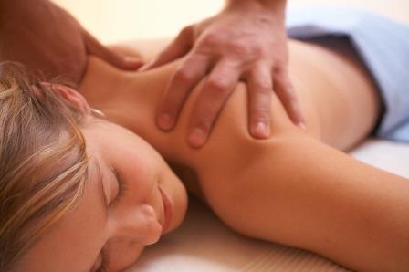 masaje relajante|cuidado de las uñas para dar masajes|aceite para masajes|musica relajante para masajes|cuidado de las unas para dar masajes