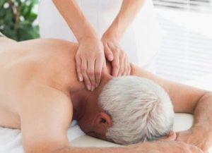 masaje-tercera-edad-espalda
