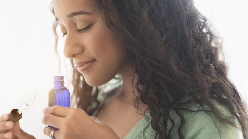 olores-aceites-esenciales-aromaterapia|aromaterapia|aromaterapia-para-el-equilibrio-emocional