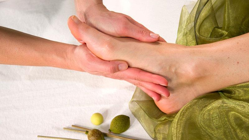 Masaje metamórfico en el pie