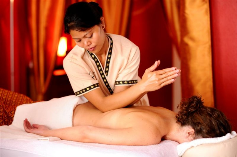 ¿Conoces la técnica del masaje tailandés? 1