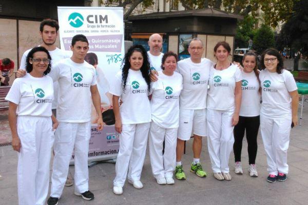 Quiromasajistas de CIM colaboran en la V Volta a Peu de les Falles 10