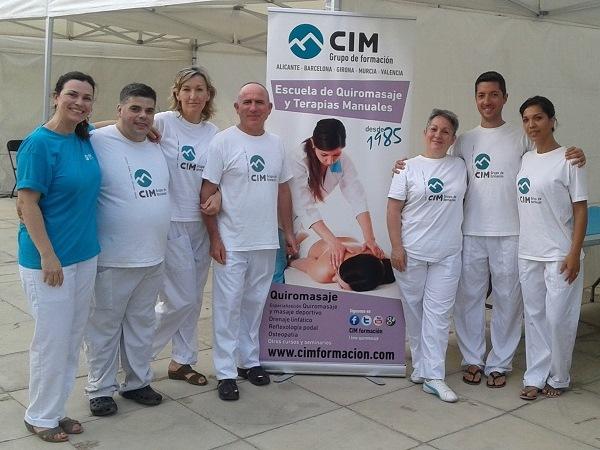noticias cim general cim barcelona quiromasaje salud y bienestar Quiromasajistas de CIM Formación en la 1ª Mediterrani Nit Run 2015 en el Canal Olímpic