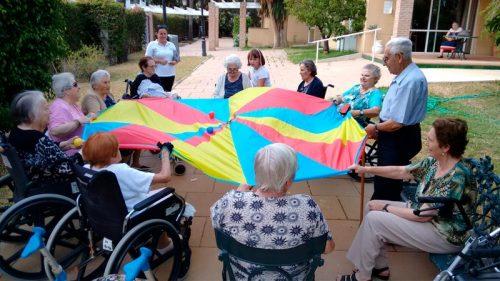 Juegos de animación en residencia de ancianos