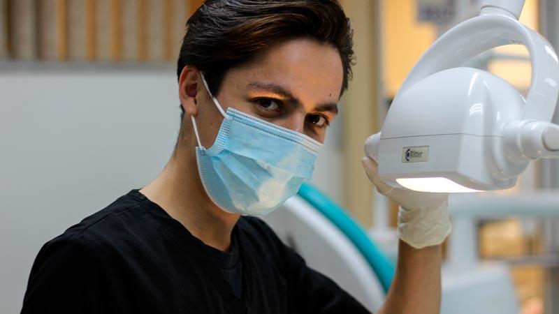 Cómo se protege el personal dental de la radiología 15