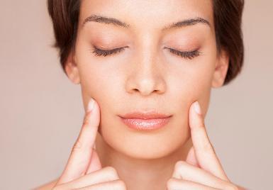 Gimnasia de tonificación facial - Yoga Facial